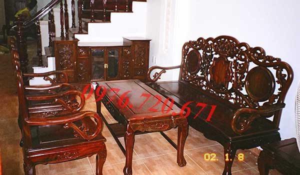 Sơn bàn ghế gỗ tại Cổ Nhuế