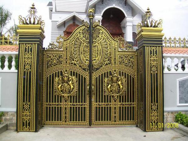 Nên sơn cổng sắt màu gì đẹp và hợp phong thủy?
