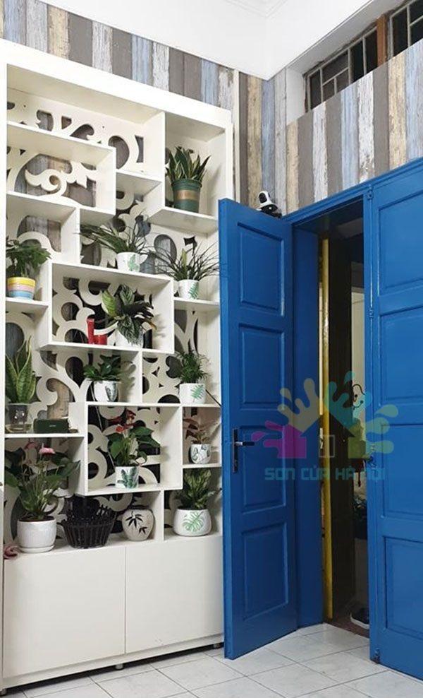 Sơn cửa gỗ giá rẻ ở Hà Nội