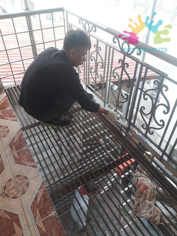 Sơn cửa sắt giá rẻ tại Hà Nội