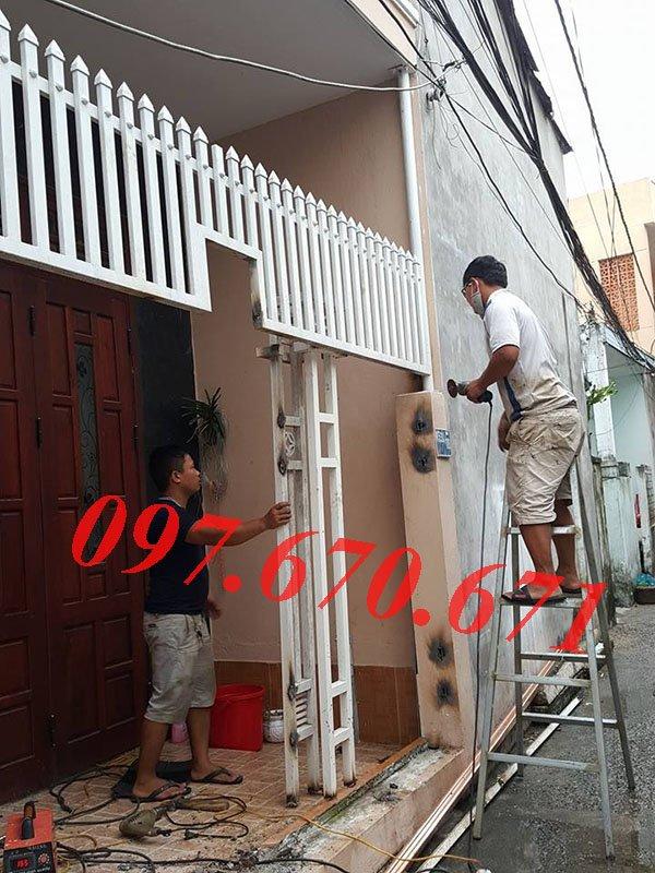 Dịch vụ sơn cửa sắt giá rẻ tại Hà Nội