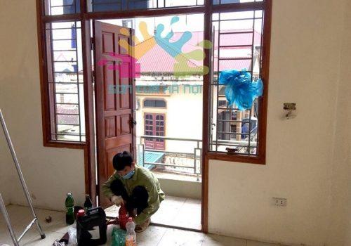 Thợ sơn cửa gỗ, đồ gỗ tại Hà Nội
