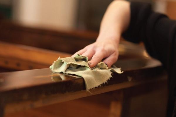 Hướng dẫn cách đánh vecni đồ gỗ cũ đẹp như mới tại nhà