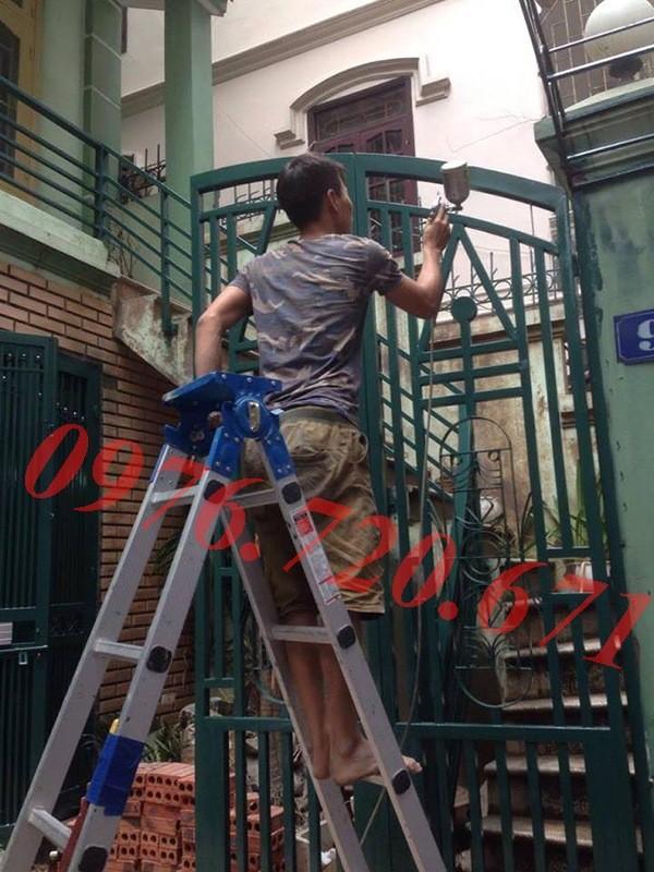 Nhận sơn cửa sắt tại Huyện Hoài Đức