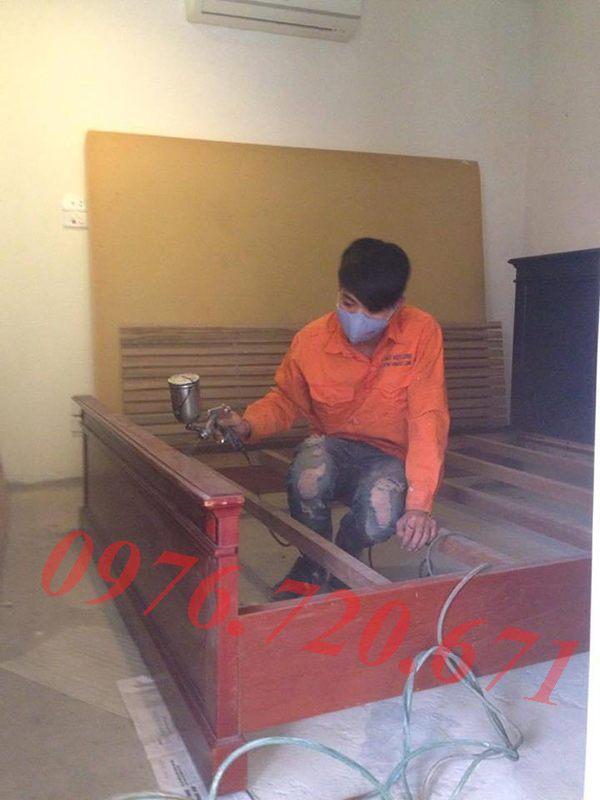 Sơn giường gỗ giá rẻ tại Hà Nội
