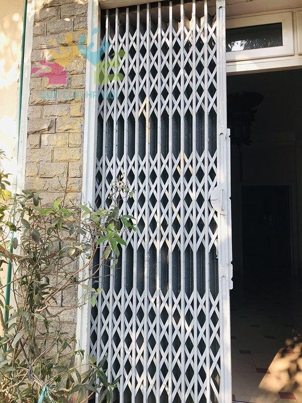Dịch vụ sơn cửa sắt tại quận Đống Đa