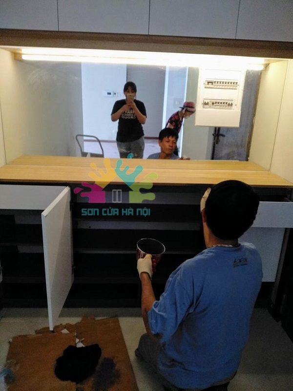 Thợ sơn tủ gỗ giá rẻ tại Hà Nội