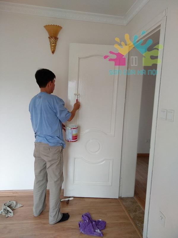 Thợ sơn cửa gỗ Long Biên, Hà Nội