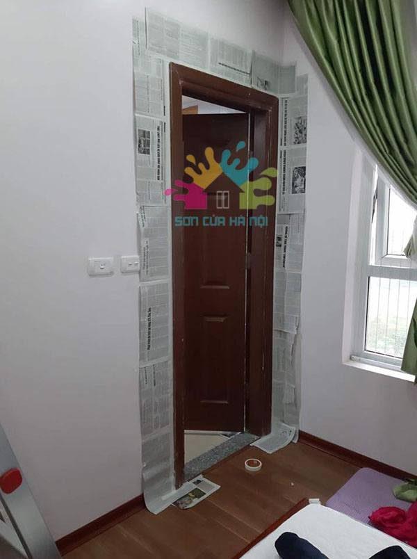 Sơn PU cửa gỗ màu trắng