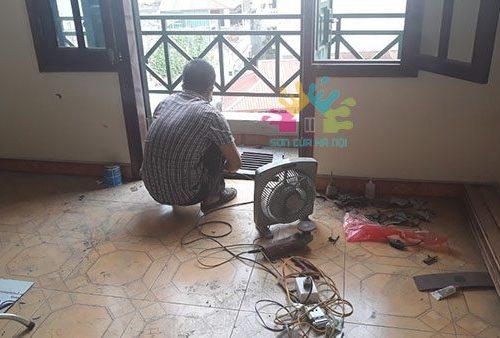 Thợ sửa chữa đồ gỗ tại Hà Nội