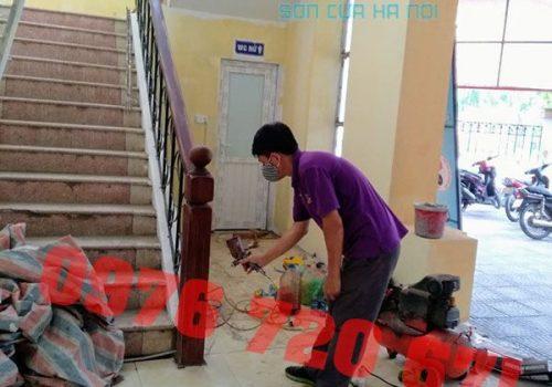 Thợ sơn PU cầu thang gỗ ở Kiến Hưng, Hà Đông