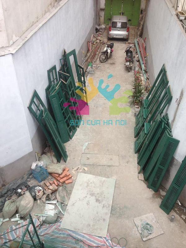 Thợ sơn PU cửa gỗ giá rẻ ở Long Biên, Hà Nội