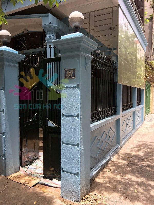 Sơn cửa sắt giá rẻ tại Hoàng Quốc Việt, Cầu Giấy, Hà Nội