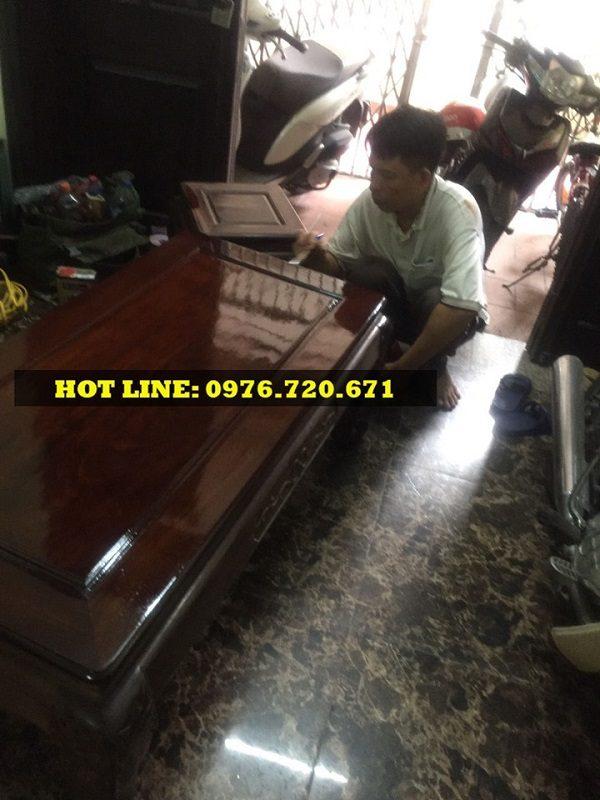 Nhận đánh vecni bàn ghế Minh Quốc Đào giá rẻ tại Long Biên, Hà Nội