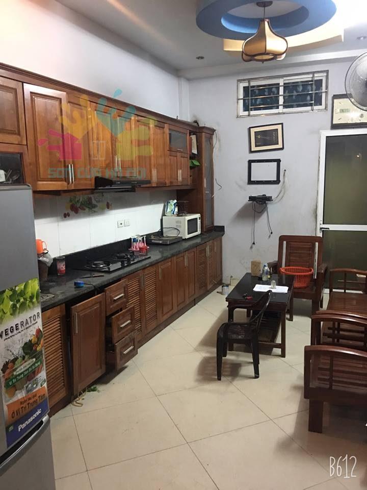 Dịch vụ sơn tủ bếp gỗ chất lượng, giá rẻ tại Hà Nội